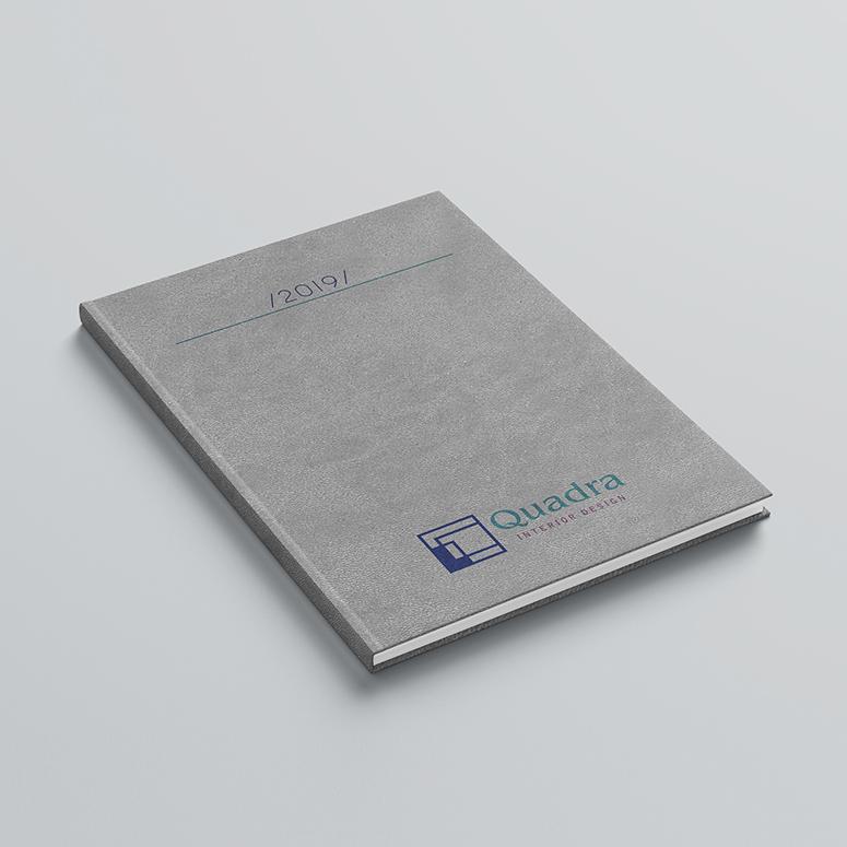 εκτύπωση λογοτύπου στο εξώφυλλο ή οπισθόφυλλο του βιβλίου με την μέθοδο της ψηφιακής μεταξοτυπίας